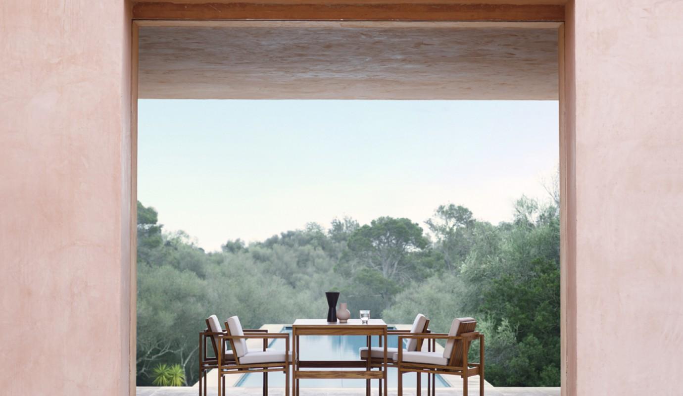 Bodil Kjaer outdoor meubelen in gecertifieerde teak - model BK15 dining table  Victors Design Agency