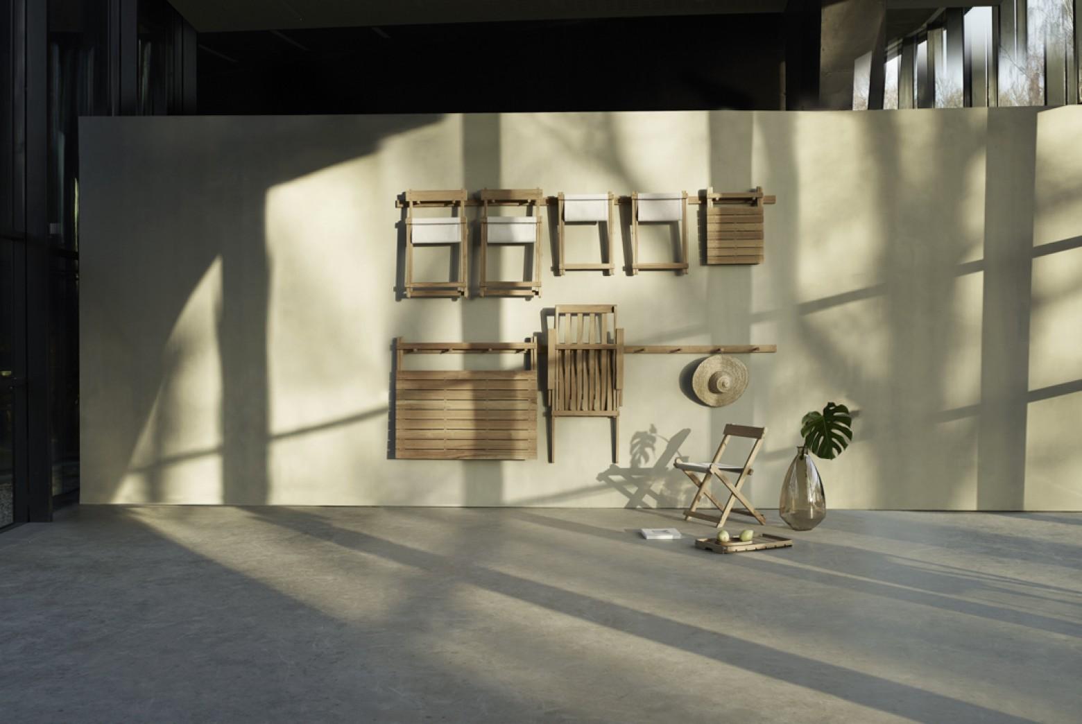 Volledig plooibare - opbergbare - collectie teak tuinmeubelen  Victors Design Agency