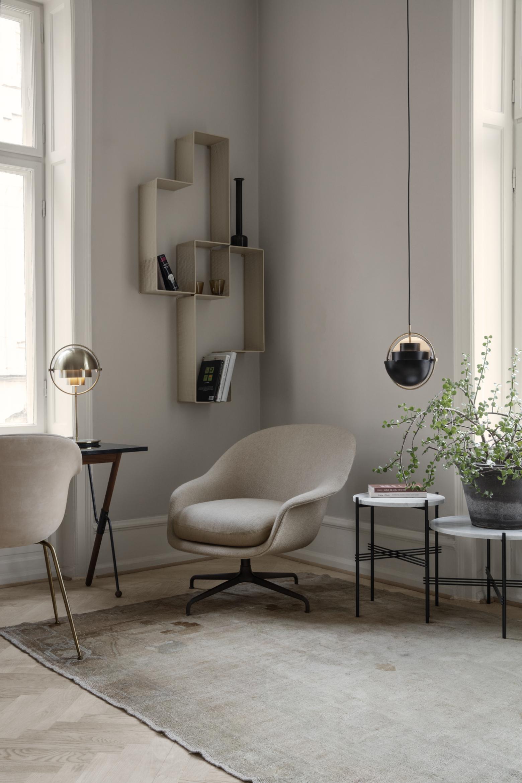 Multilite hangversie en - tafel versie, in een compleet GUBI interieur  Victors Design Agency