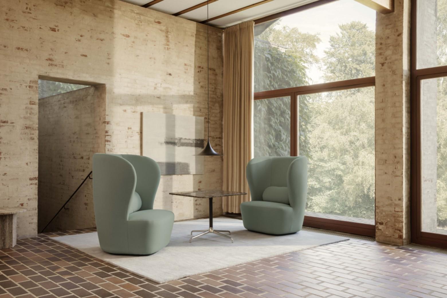 Nieuw: Stay met hoge rug Victors Design Agency