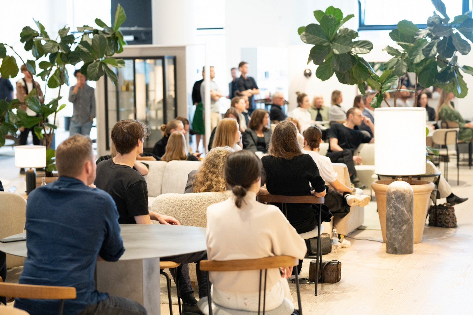 GUBI design talk...  VIOLIN chair, GamFratesi design, EPIC staal, ...  Victors Design Agency