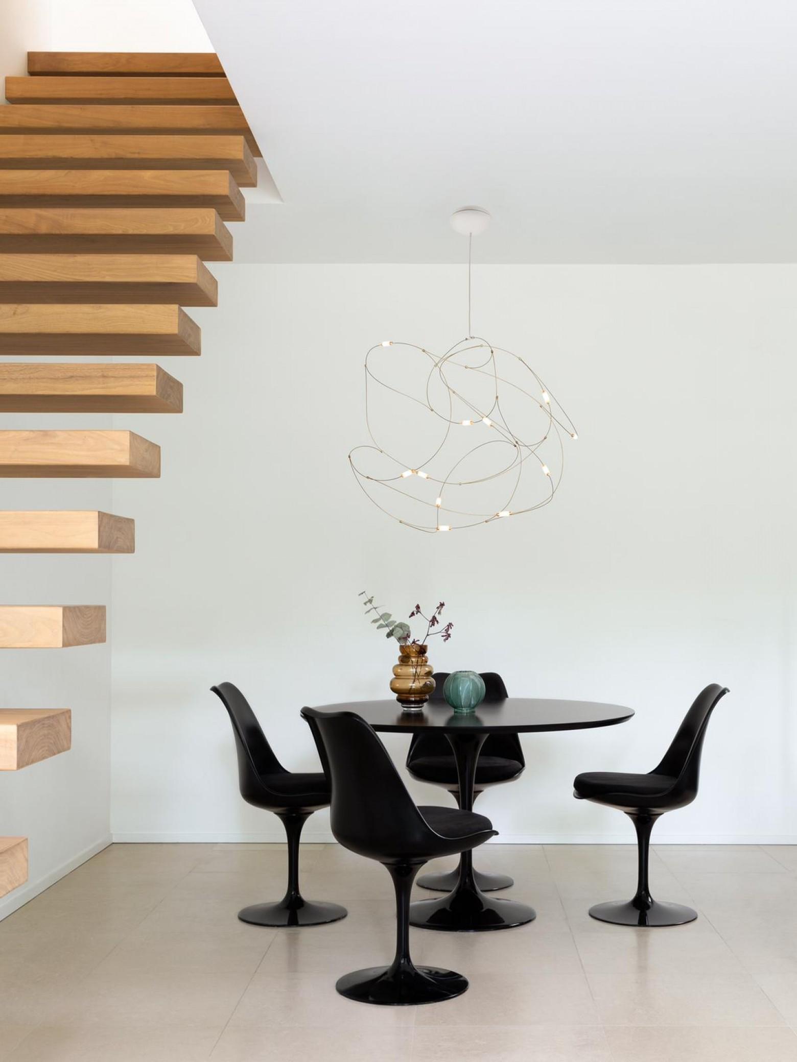 Luminaire sculptural Flock of Light: NOUVEAU dans la collection MOOOI Victors Design Agency