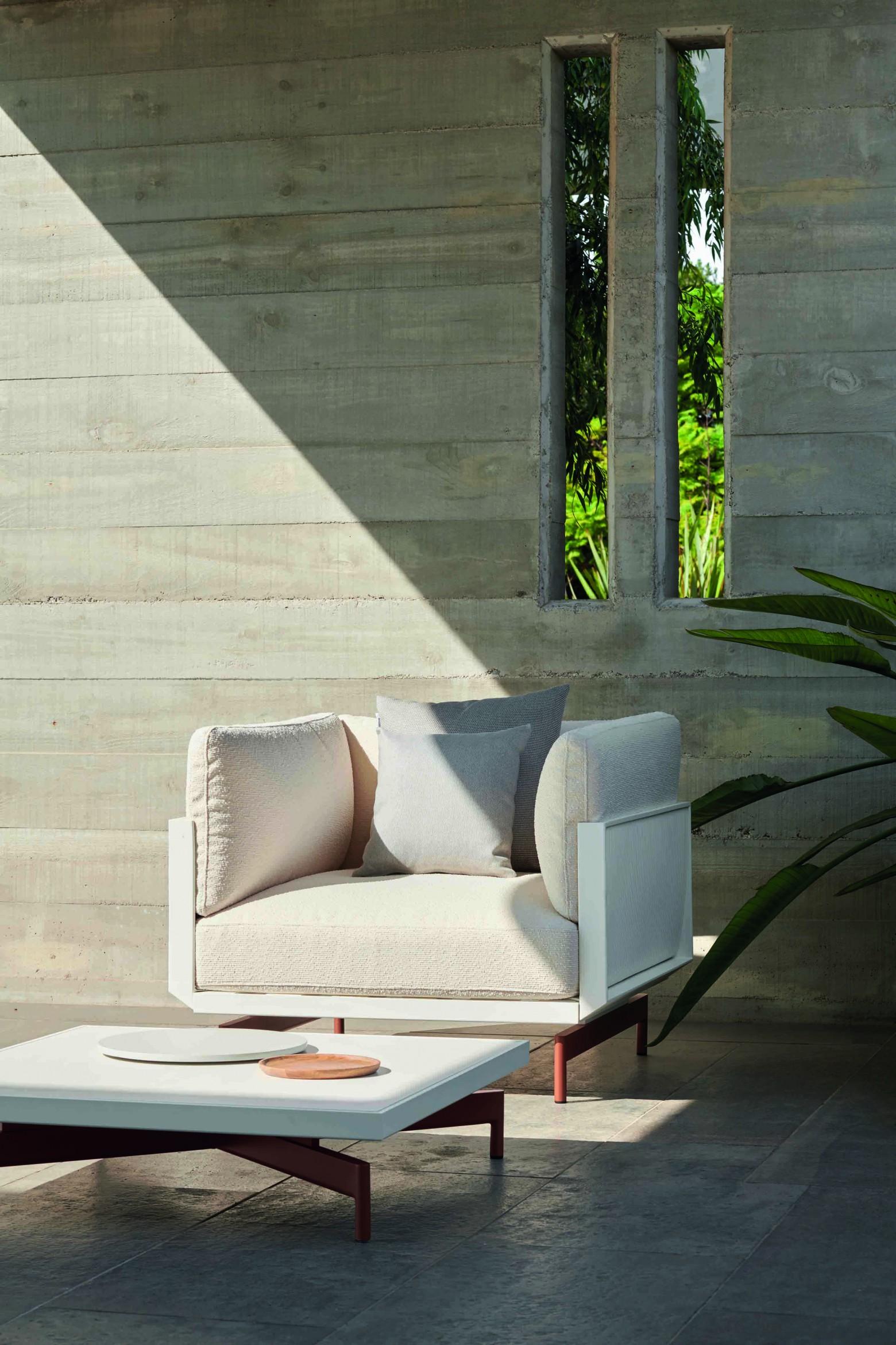 siège Onde  de couleur blanche - GandiaBlasco  Victors Design Agency