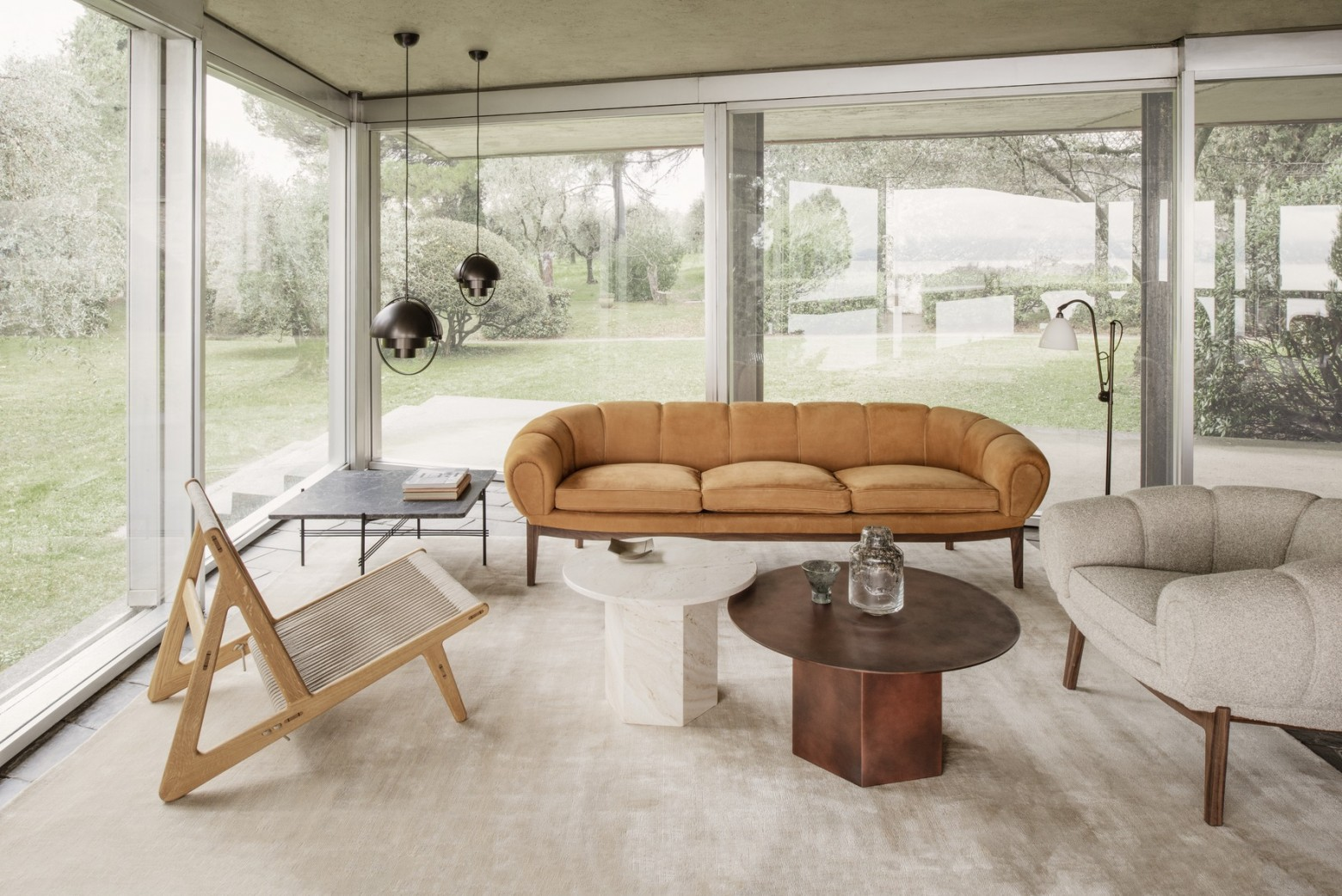 Gubi news 2021: Collection Croissant, chaise Initial, Epic STEEL, ... Victors Design Agency