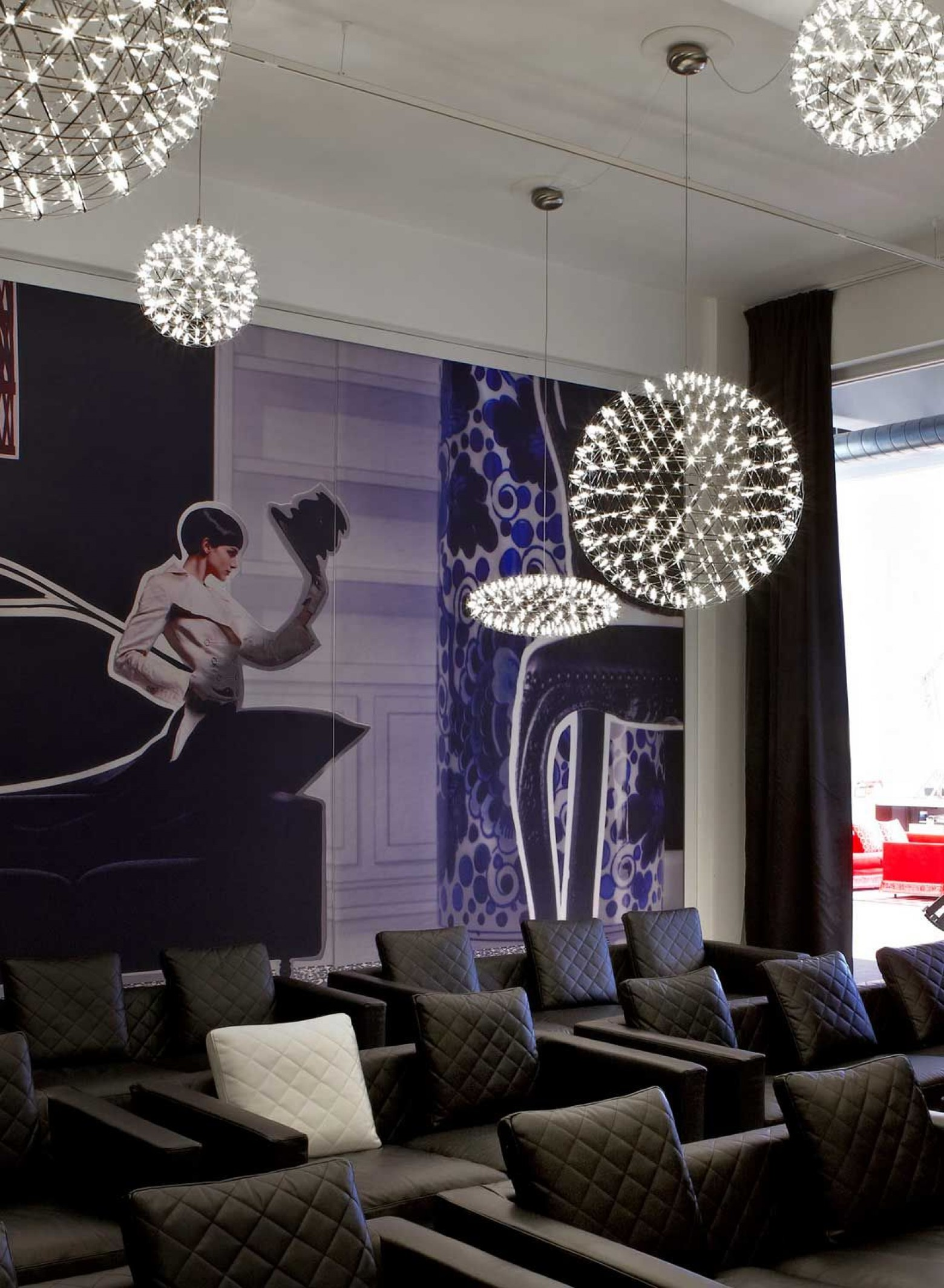 Suspension Raimond - showroom MOOOI à Amsterdam Victors Design Agency