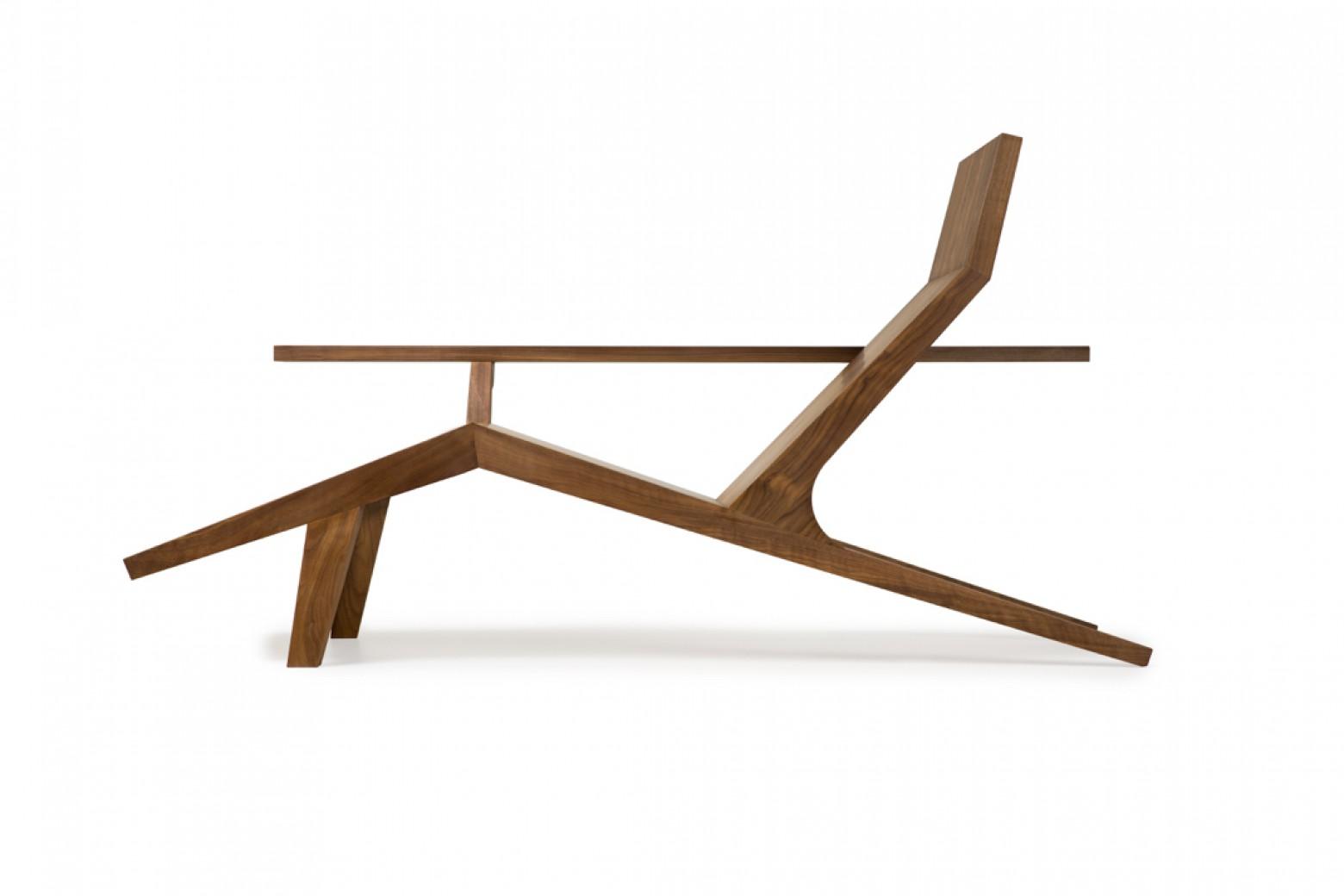 Liberty Lounger, Atelier Van Lieshout, handmade, stuk per stuk  Victors Design Agency