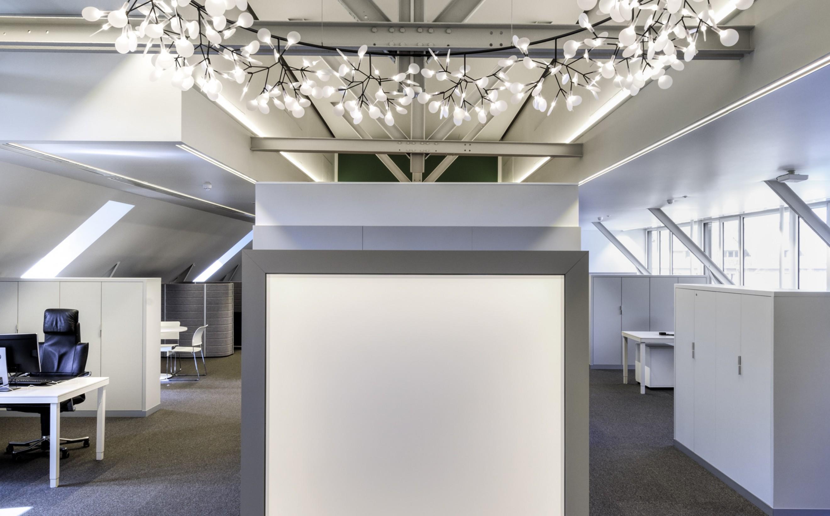 De Heracleum Big O zorgt voor een poëtische touch...  Victors Design Agency