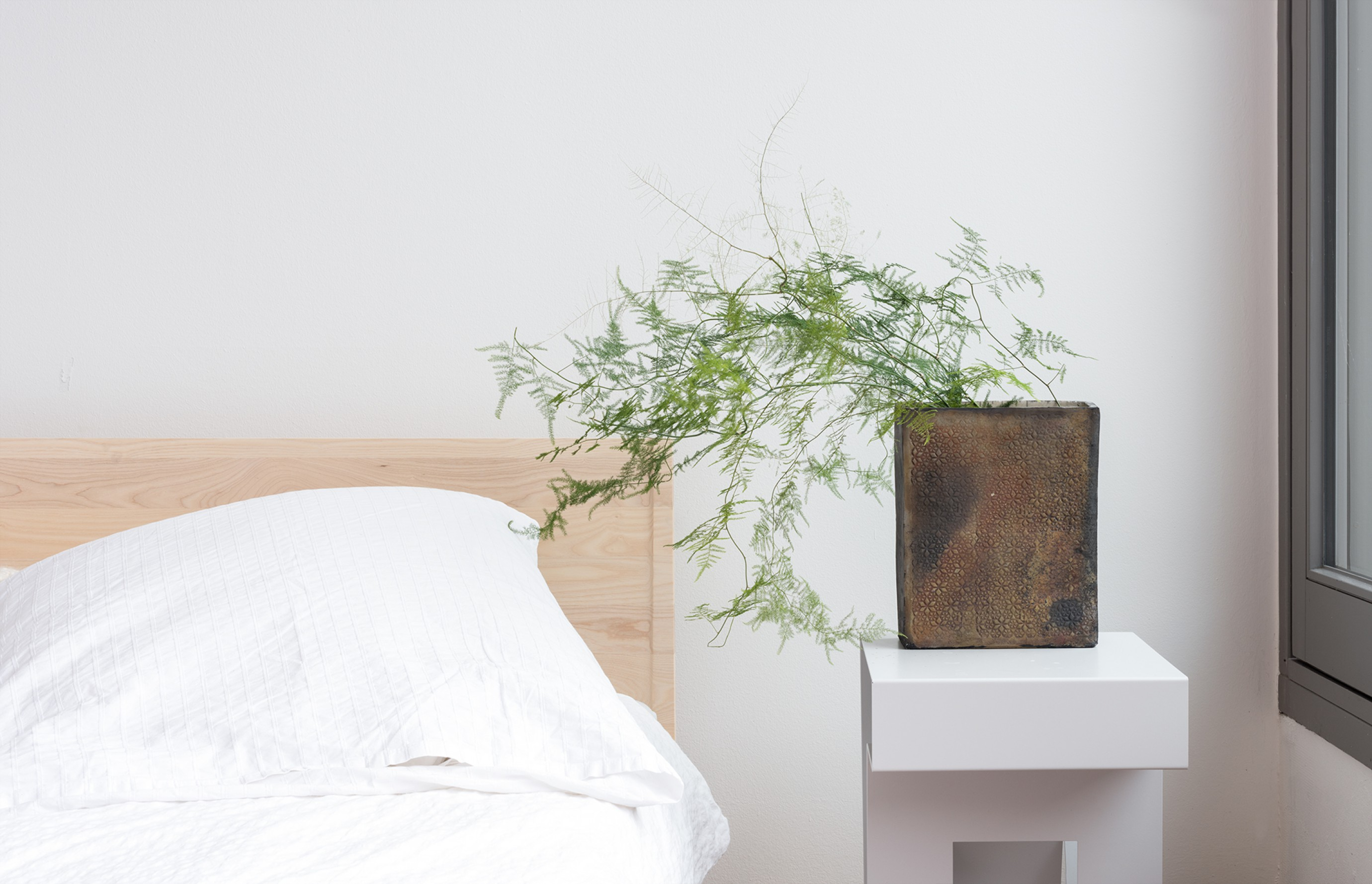 Zians bed & Neumann Side Table Victors Design Agency