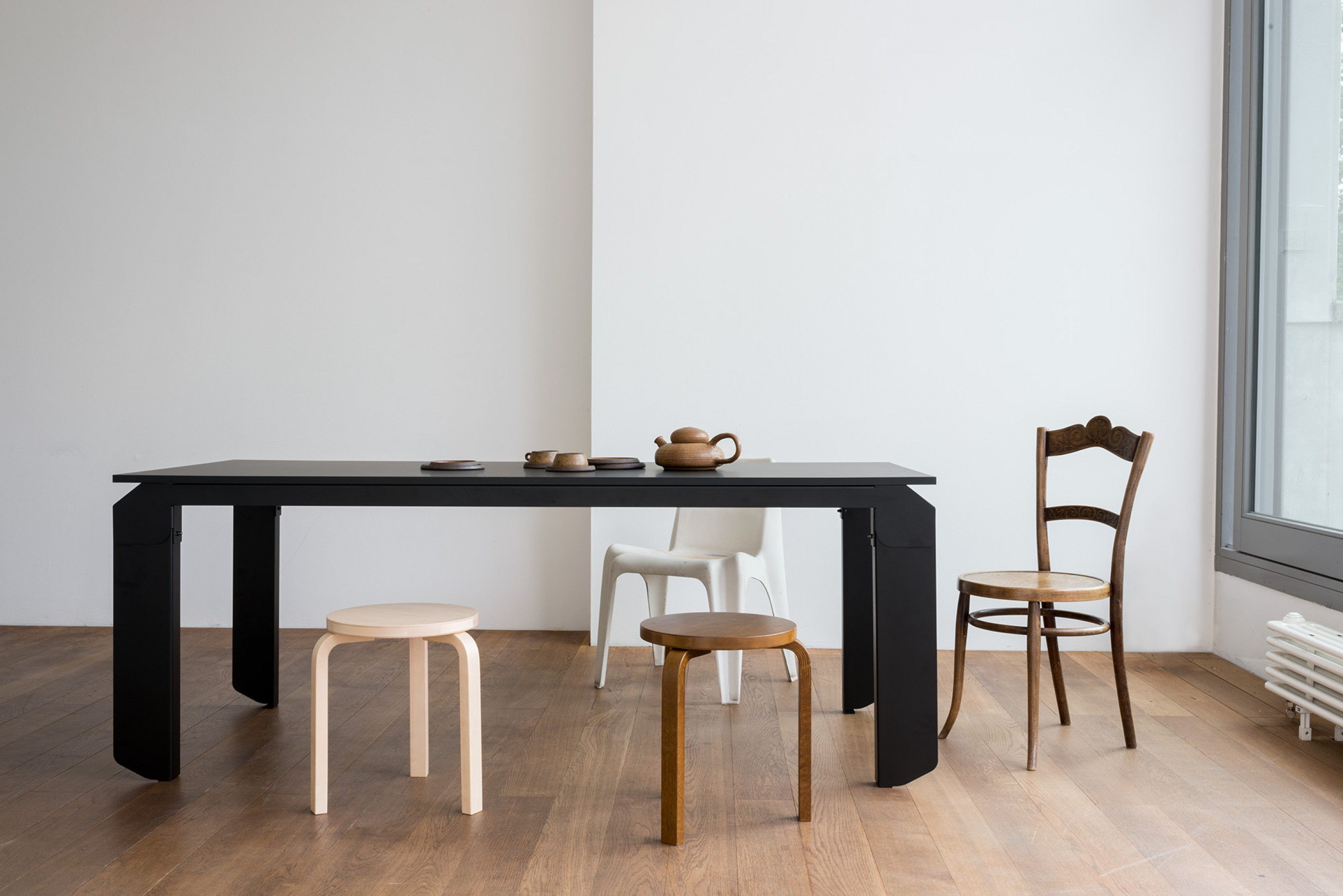 Novak Table: kortom in te zetten in elk project Victors Design Agency