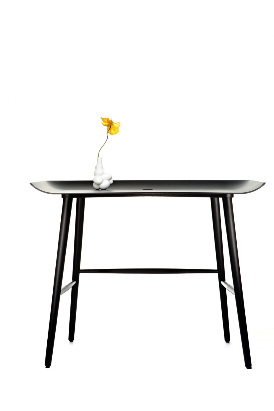 WOOOD desk, MOOOI, 100 x 64 cm