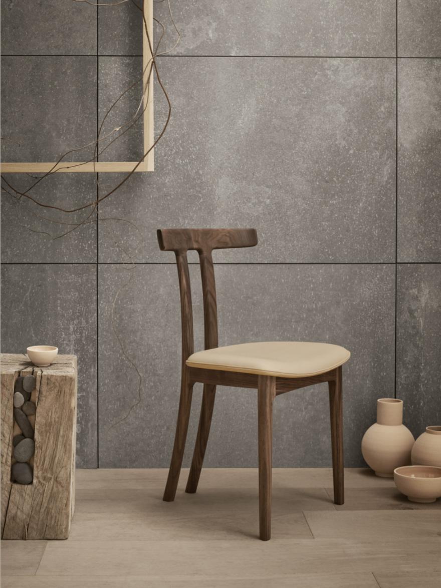 Nieuw bij Carl Hansen & Son: T-chair van Ole Wanscher, design 1958