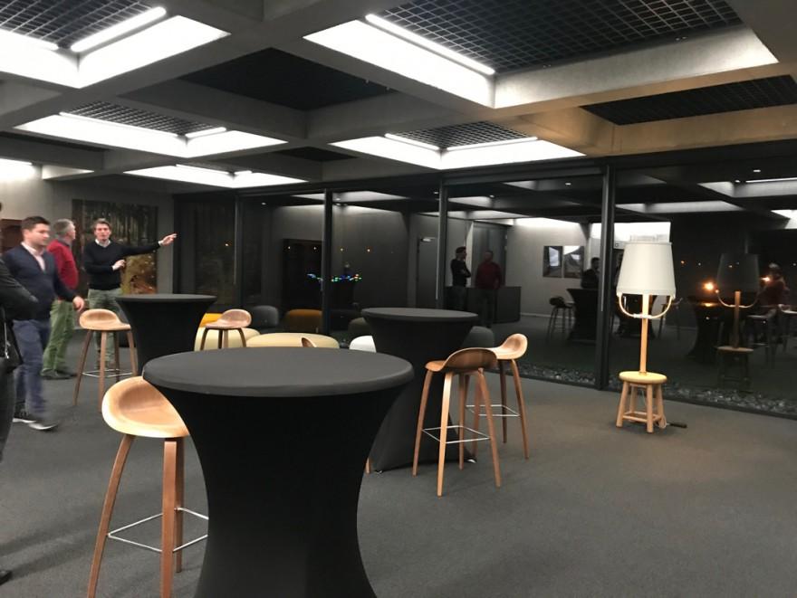 Les chaises de bar GUBI 3D sont un produit innovant de la collection GUBI, également chez Orsi ...