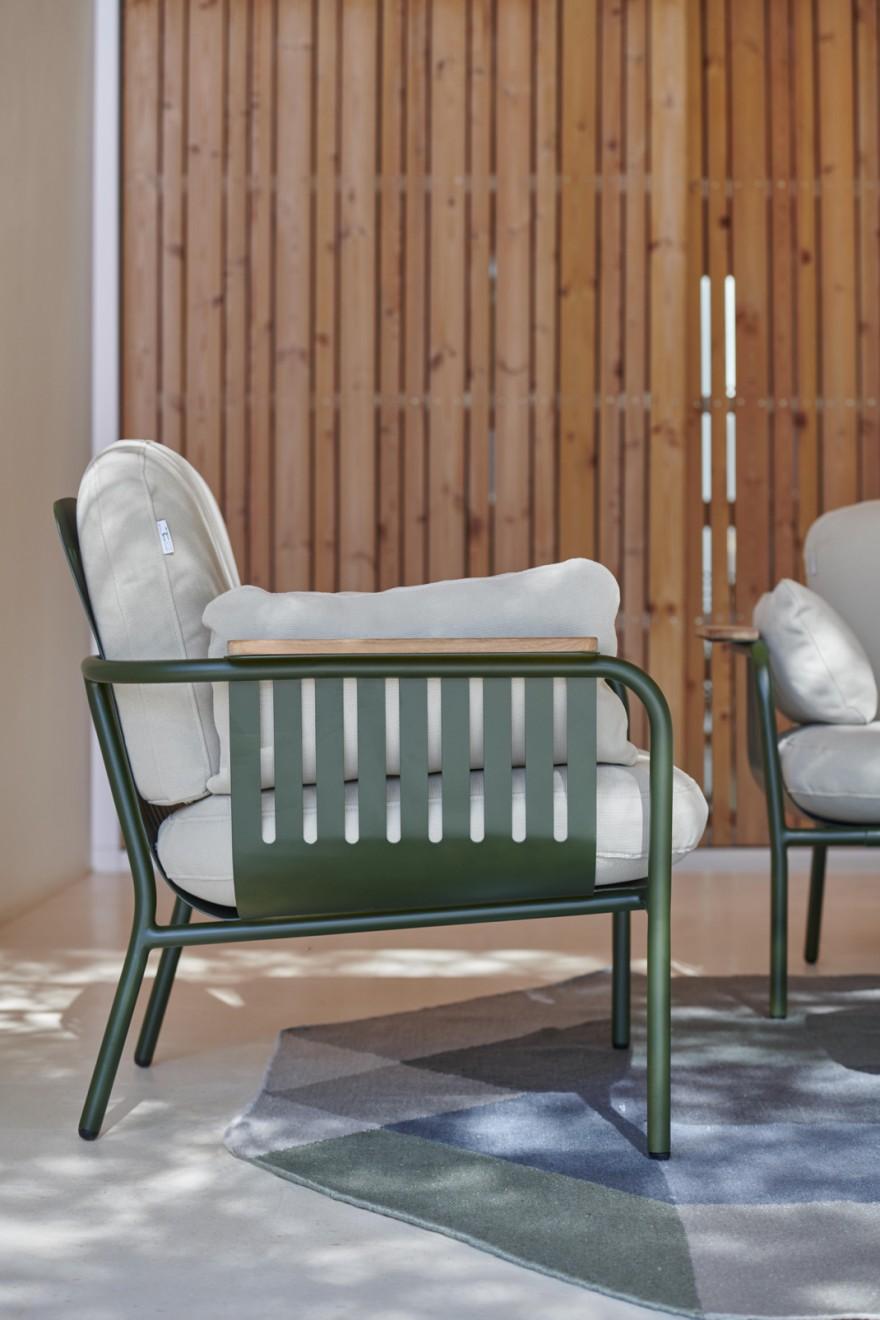 Capa Lounge chair Bottle Green