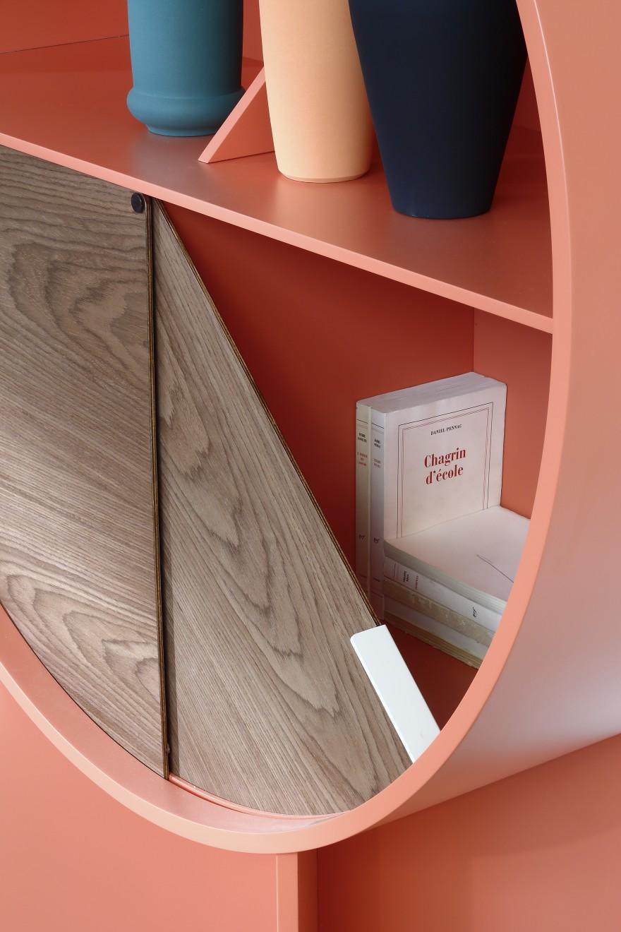 Première création d'une armoire de Patricia Urquiola: LUNA (détail)