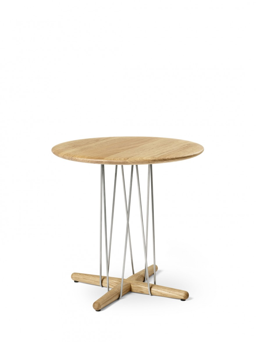 Eoos creatie van de Embrace coffee table