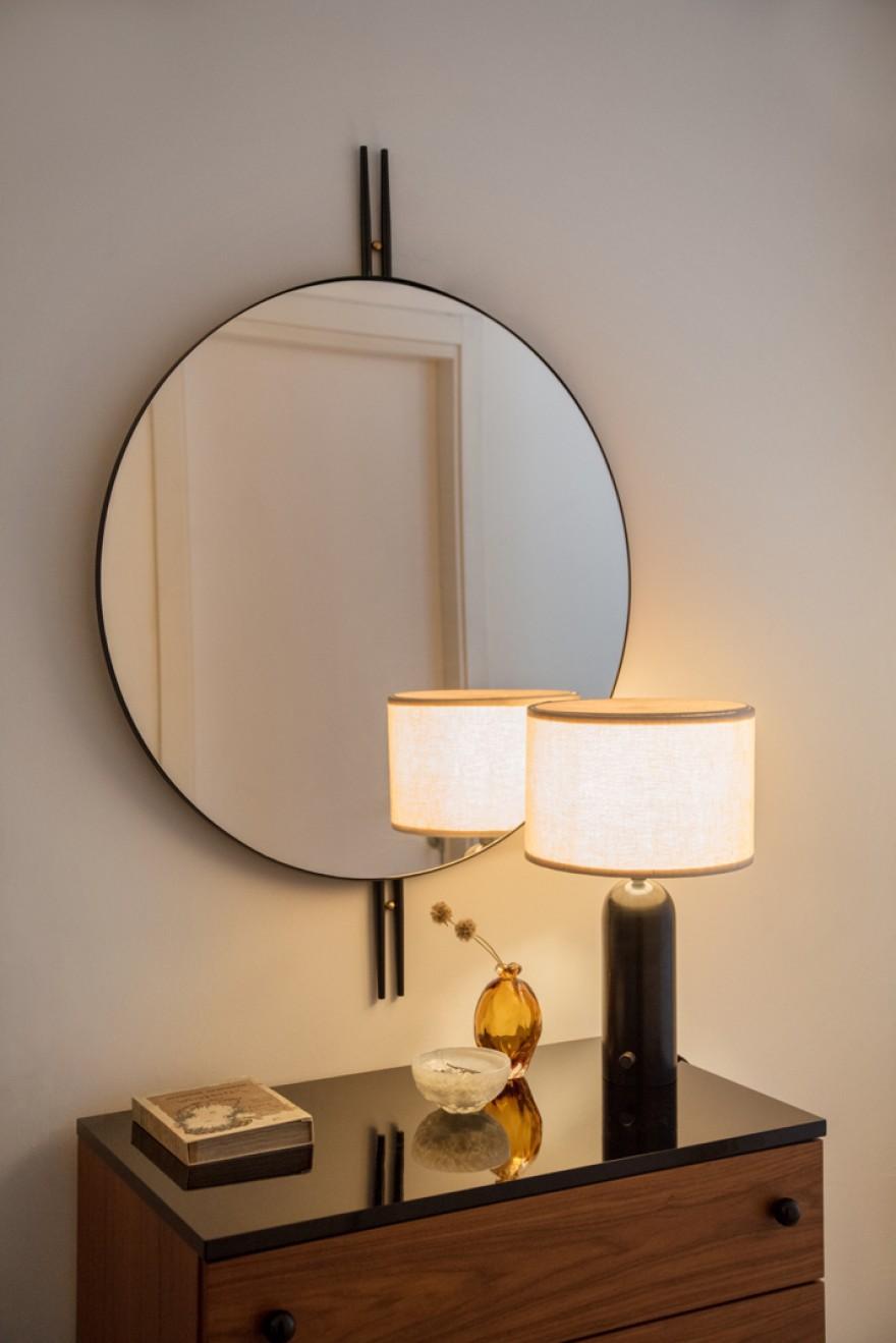 Miroir IOI (design GamFratesi): inspiré de l'art déco