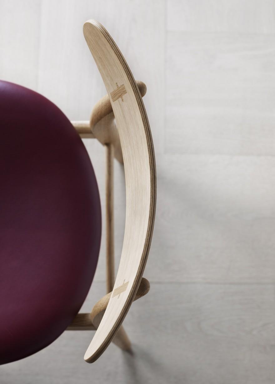 De CH30 is een compacte stoel die weinig plaats inneemt