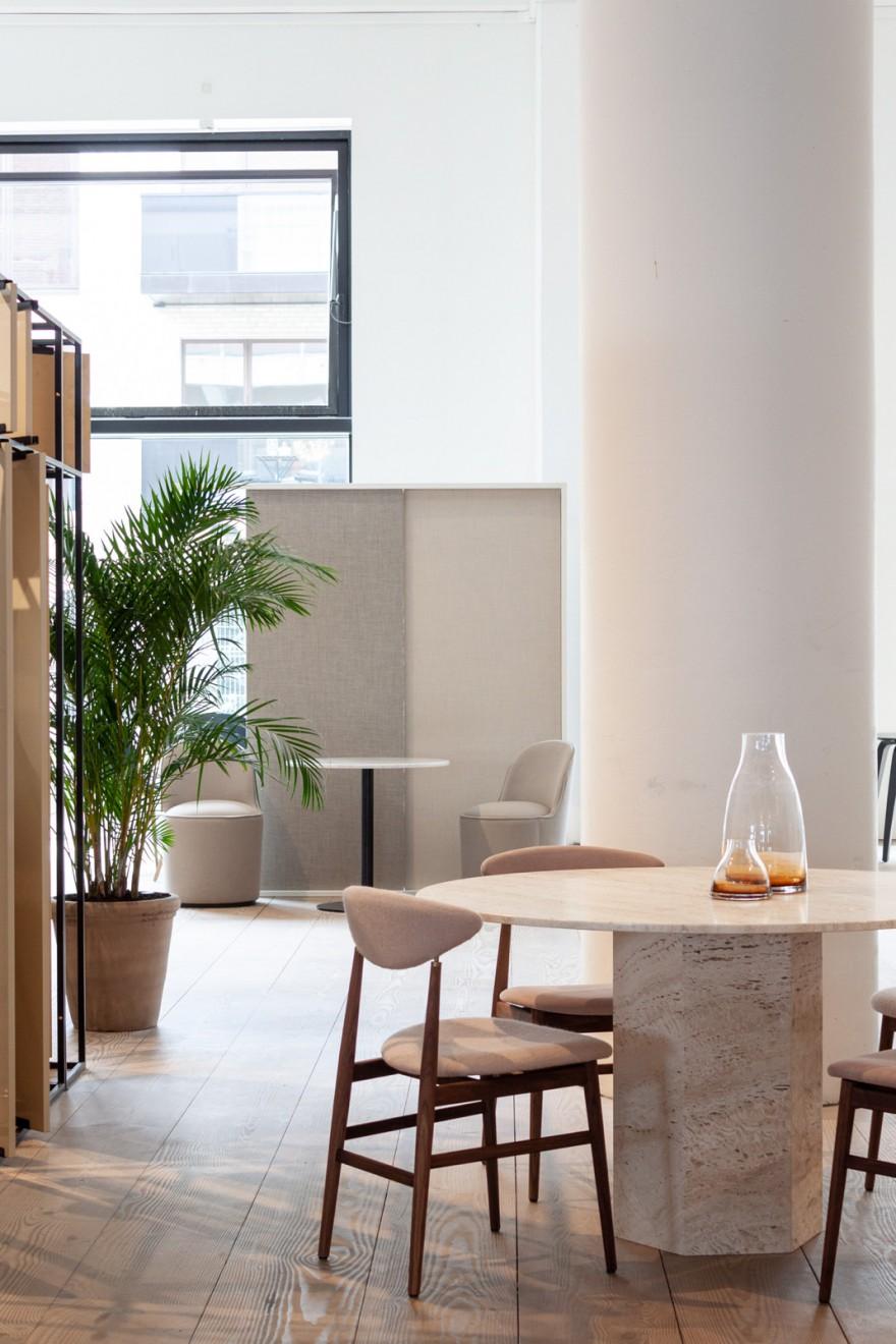 EPIC Dining Table (nieuw) met GENT Dining Chair