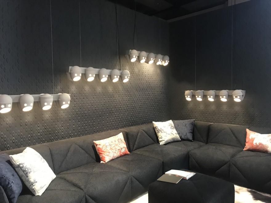 Milaan 2019: lancering van modulaire BFF sofa en The Party Chandelier