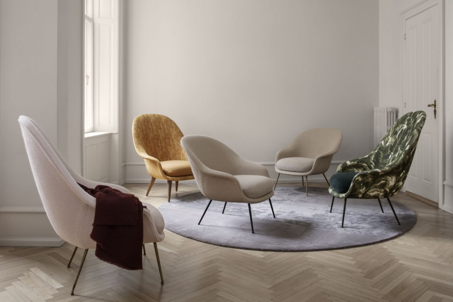 De BAT lounge collectie, met hoge en lage rug. Design GamFratesi