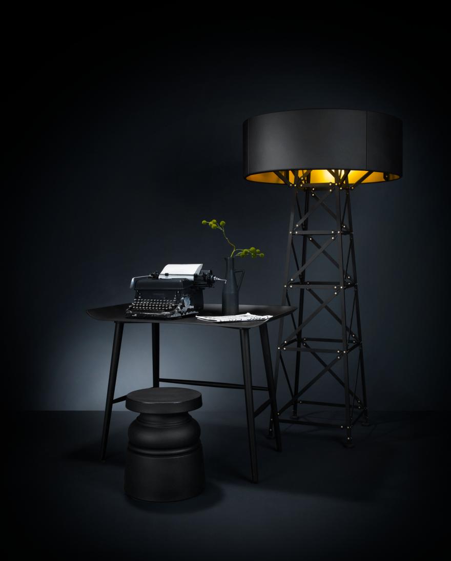 Woood Desk - MOOOI - design Marcel Wanders - massieve beuk, zwarte eik fineer