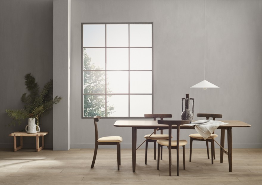 Hunting table gecombineerd met de T-chairs: allemaal Ole Wanscher