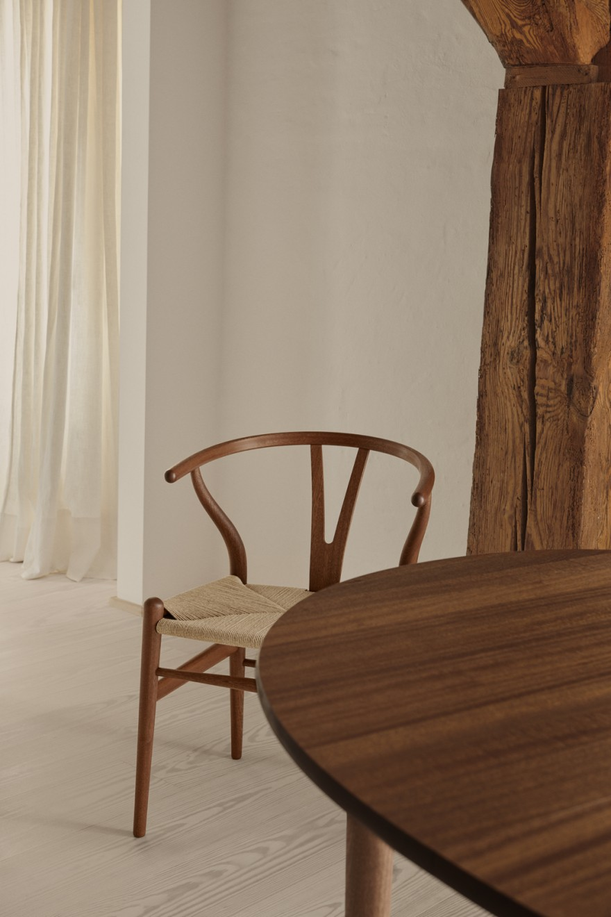 Mahogany wood is back