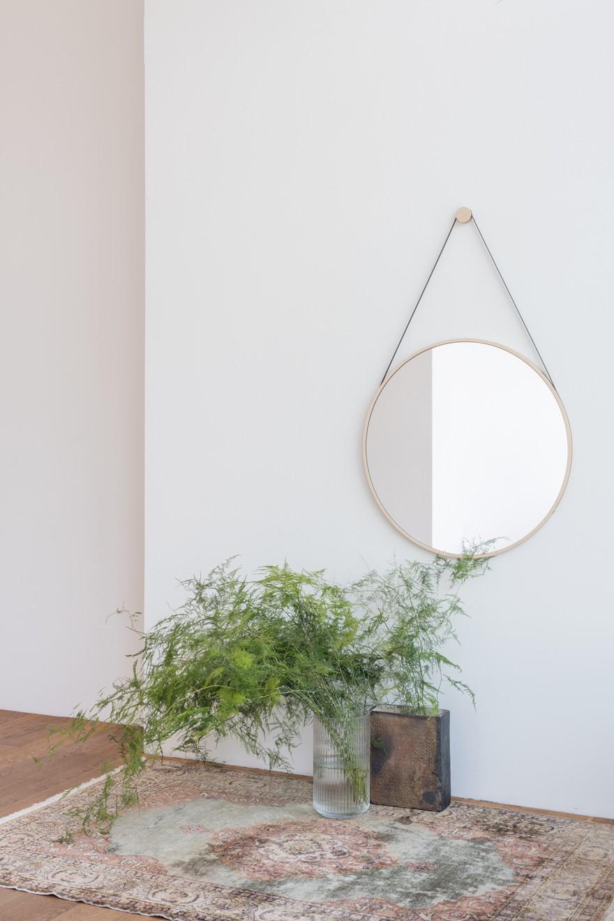 Schneider Mirror ø55 cm Medium Victors Design Agency