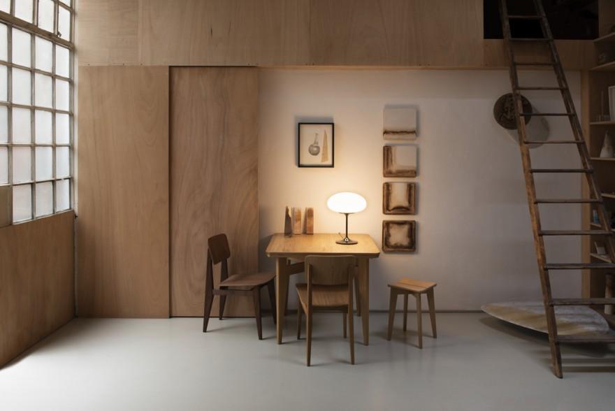 98 / 5000 Translation results Lampe à poser Stemlite présentée à la B-Table with C-chairs par Marcel Gascoin : design historique