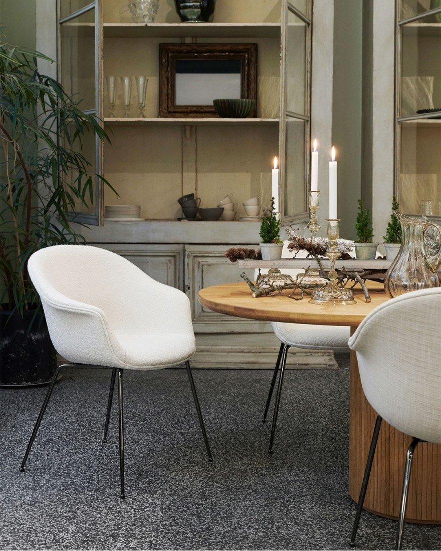 BAT dining chair, GUBI collectie