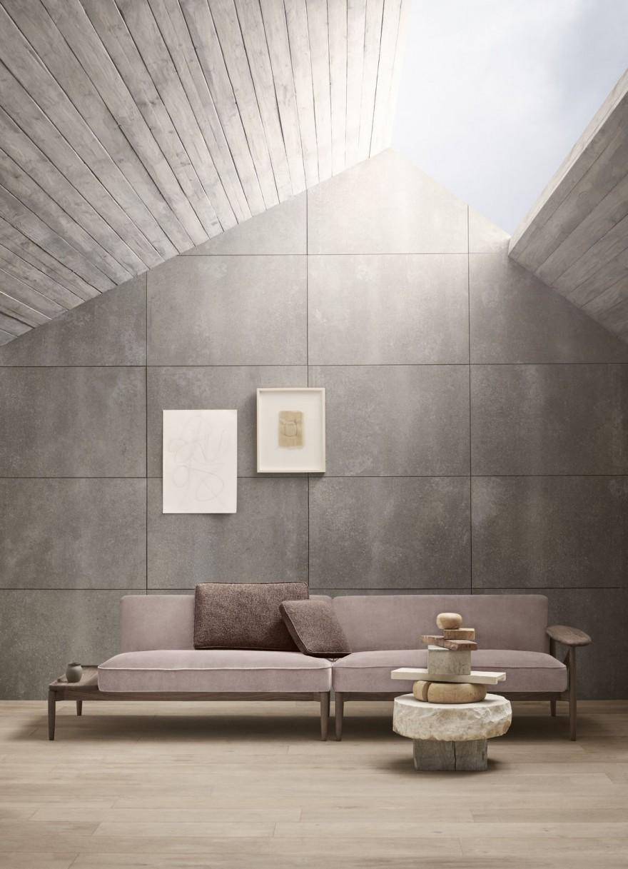 Embrace Sofa by Eoos: frame in eik of notelaar