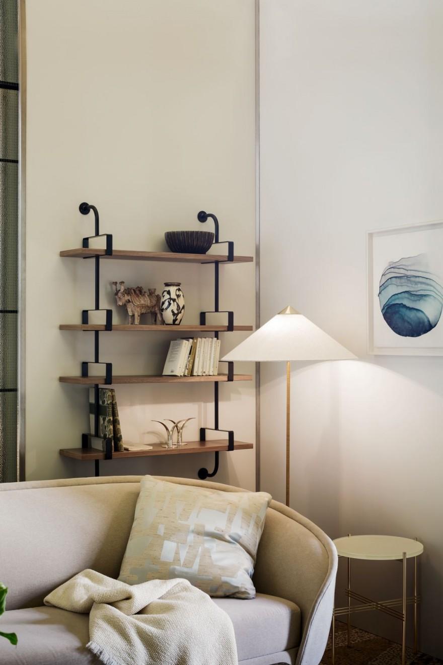 9602 Floor lamp - brass base - canvas shade