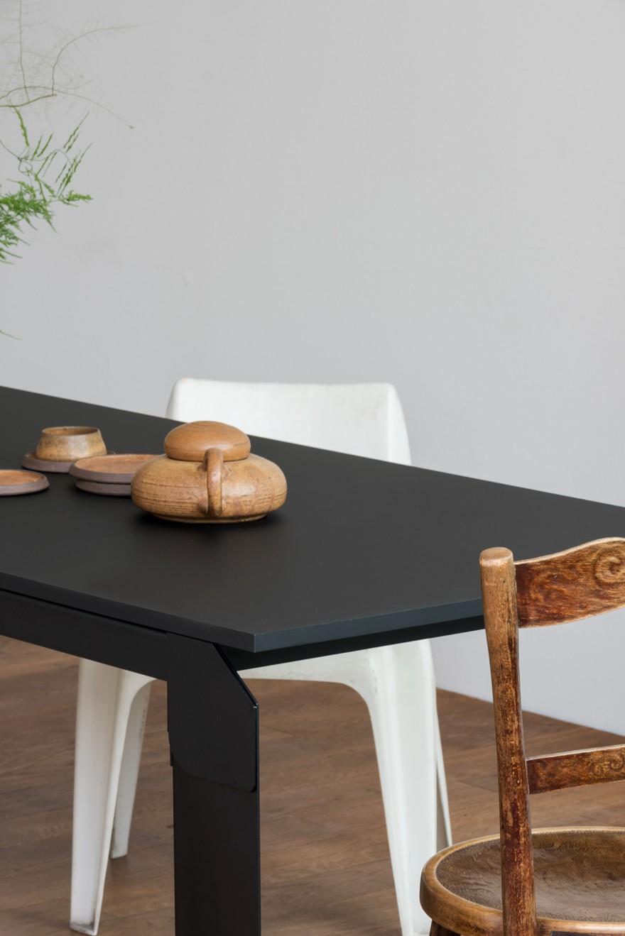 Novak Table zwart: ook in statafel beschikbaar: 105 cm hoog