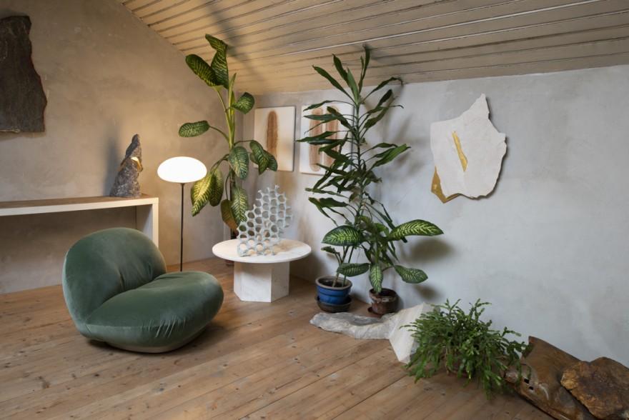 Pacha Lounge et Stemlite Floor avec Epic Coffee Table