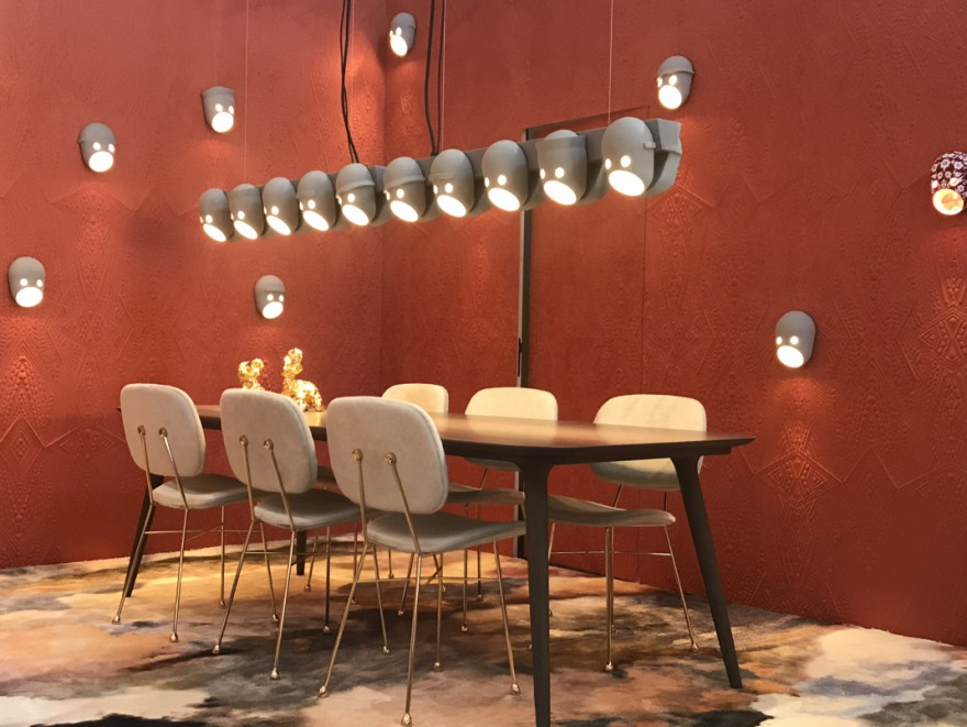 The Party Chandelier in Milaan tijdens het Salone del Mobile 2019