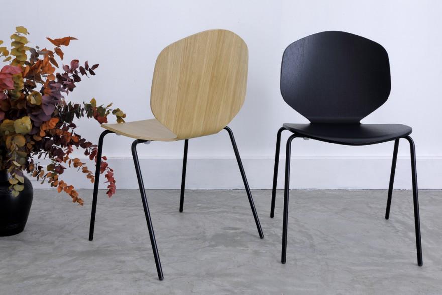 Loulou chair: oak - black - ook met chrome onderstel verkrijgbaar Victors Design Agency