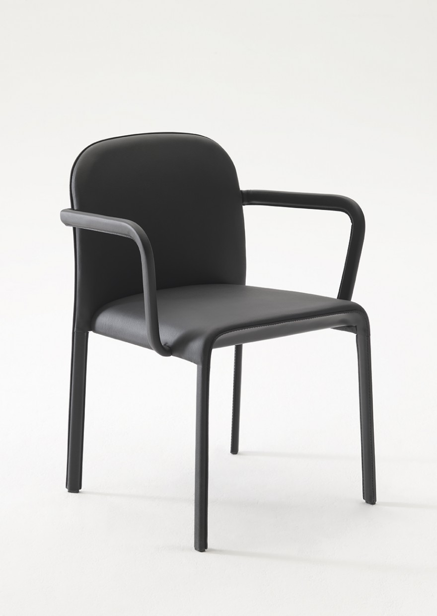 Scala chair met armleuningen, Patrick Jouin, collectie COedition  Victors Design Agency
