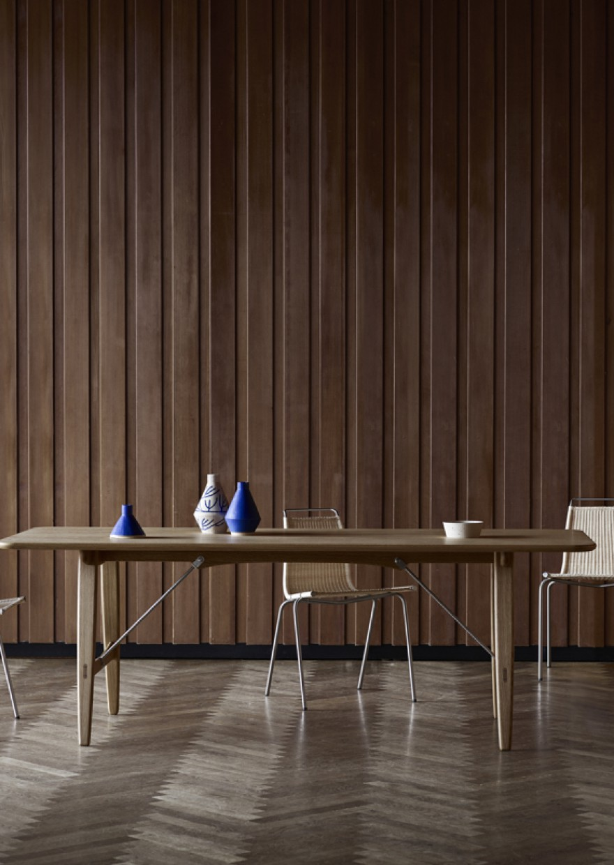 Hunting Table - Borge Mogensen  Victors Design Agency